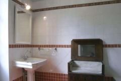 Chambre rouge - salle de bain